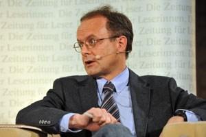 Hubert Sickinger (Bild) und Werner Kogler eine Demokratie-Schadensaufnahme vor.