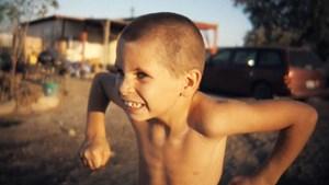 """Benny, Impro-Tänzer und Problemfamilienkind, einer der Protagonisten von """"Bombay Beach""""."""
