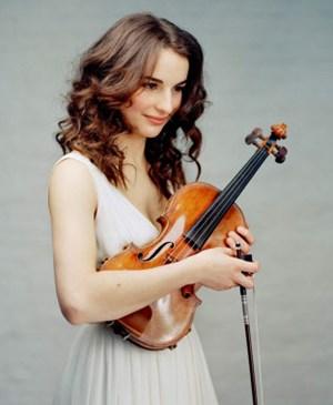 Geigenkunst zu Gast im Klangraum: Die aus Russland stammende Künstlerin Alina Pogostkina.