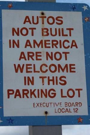 Nichtamerikanische Autos sind unerwünscht.