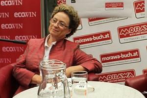 Gut gelaunt stellte sich Christine Bauer-Jelinek am Dienstag den Fragen ihrer Fans.