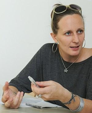 """Sozialarbeit  als """"Sisyphusarbeit"""": Salinia Stroux."""