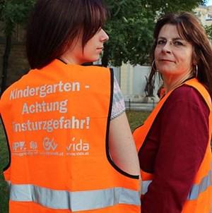 Kindergarten - Achtung Einsturzgefahr! lautete das Motto der Demo am 6. Oktober.