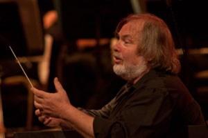 Gustav Kuhn, Dirigent.