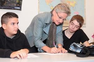 Schmied besuchte am Dienstag die Volkshochschule in Meidling, Wien.