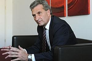 Sieht keine Anzeichen, dass es im heurigen Winter Gasengpässe geben könnte: EU-Energiekommissar Günther Oettinger.