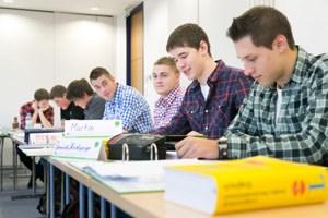 Englischsprachige Konversation steht derzeit auf dem Stundenplan der Lehrlinge in Wieselburg.