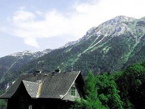 """Was haben Harald Dobernig und der Ötscher gemein? Einen slawischen Namen. Ist ein slawischer Bergname aber """"Einstiegsdroge"""" für noch mehr slawisches Gebirge in Österreich?"""