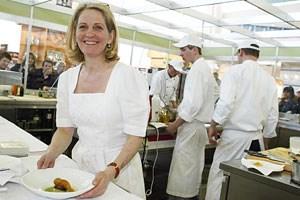 """Zeitversetzte Reaktion auf """"Stillstand"""" in der Küche: Das Hubertus von Kochlegende Johanna Maier im salzburgischen Filzmoos wurde von vier auf drei Hauben herabgestuft."""