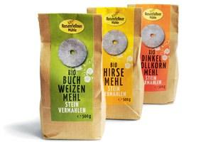 Rosenfellner Mühle: Steinvermahlenes Mehl - Buchweizen/Hirse/ Dinkelvollkorn, je 500g € 3,19-4,49 im Naturkostfachhandel, z. B. bei Denns (nur große Filialen),