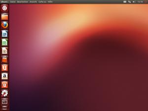 Der Desktop von Ubuntu 12.10. Der grundsätzliche Aufbau bleibt wie von früheren Versionen wie gewohnt, optisch auffälligste Änderung ist insofern das neue Wallpaper, das im Stil aber der bisherigen Tradition treu bleibt.