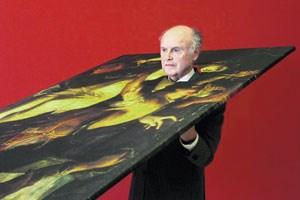 Symbolischer Durchbruch: 2007 avancierte der Altmeister-Pionier Peter Wolf unter der Regie von Erwin Wurm zum Kunstwerk.