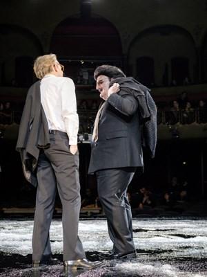 Das Münchner Publikum war erheitert: Elfriede Jelineks neues Stück bietet ein Wiedersehen mit Rudolf Moshammer.