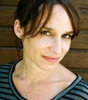 Regisseurin Miriam Unger ging für ihre Doku dem Phänomen der um die Jahrtausendwende vermehrt auftretenden selbstbestimmten Musikerinnen in Wien nach.