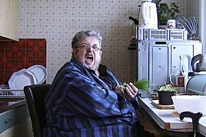 """Peter Kern, aktuell bei der Viennale hoch präsent- sein """"Diamantenfieber"""" mit Josef Hader wurde uraufgeführt und läuft dann ab 6. Dezember regulär  im Kino -, im smarten und nun in Leipzig prämierten Porträtfilm """"Kern""""."""