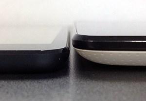 Das iPad Mini ist von den Abmessungen zwar etwas größer als das Nexus 7, allerdings dünner und leichter.