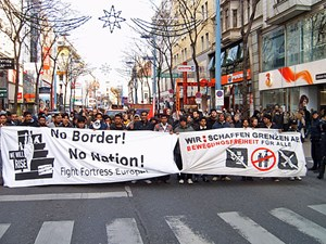 Rund 250 Menschen aus verschiedenen Communitys nahmen an der Demonstration teil.