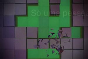 """In """"Curiosity"""" muss man Schichten eines Würfels aufbrechen, indem man Millionen kleine Vierecke mit dem Finger zerdrückt."""