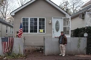 Andere wie Computerfachmann Travis können sich ein neues Haus nicht leisten und werden die Gegend wahrscheinlich verlassen.