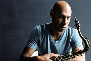Improvisierte schon als Dreikäsehoch mit Gamelan-Musikern: Joshua Redman.