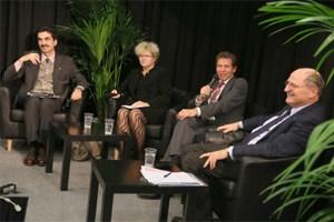 Der Bachelor ist an den Unis und in der Wirtschaft angekommen: (von links) Martin Gerzabek (Boku), Sabine Seidler (TU), Wissenschaftsminister Karlheinz Töchterle und Christoph Badelt (WU).