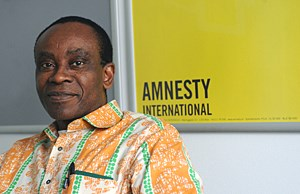 NNIMMO BASSEY (54) leitet Friends of the Earth Nigeria. In Wien war er auf Einladung von Amnesty.