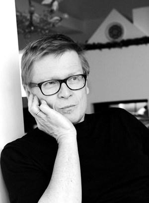 """""""Am Anfang steht die Aufmerksamkeit"""" - Kinderpsychiater und Schriftsteller Paulus Hochgatterer."""