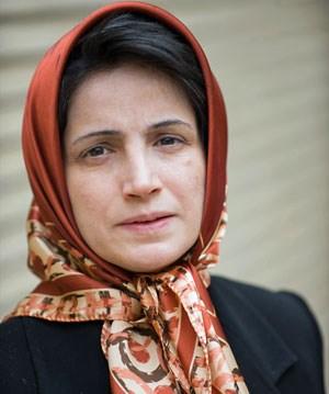 Die inhaftierte Menschenrechtsanwältin Nasrin Sotudeh befindet sich seit über 40 Tagen im Hungerstreik. Am 12.12. wird ihr der Sacharow-Preis in Abwesenheit verliehen.