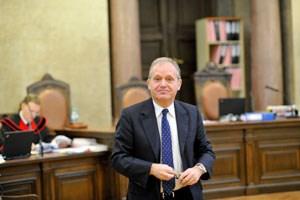 Ernst Strasser: Der frühere Innenminister wird nun zur schwierigen Rechtsfrage