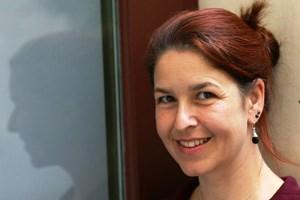 """""""Die Kriminalisierung von Aufenthaltsehen ist für die Fremdenpolizei ein mächtiges Mittel, um binationale Ehen und deren Lebensumfeld zu kontrollieren"""", sagt die Politkwissenschaftlerin Irene Messinger."""