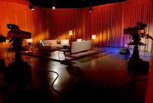 """Die """"Club 2""""-Couch bleibt künftig leer, das Format wurde eingestellt."""