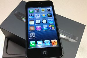 Auch der WebStandard Apple-Testgeräte mittlerweile von Mobilfunkern.