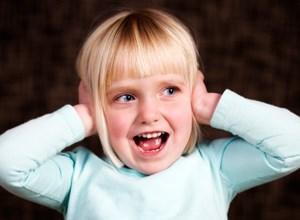 Zuhören zu können wird meist als Bringschuld der Kinder gesehen.