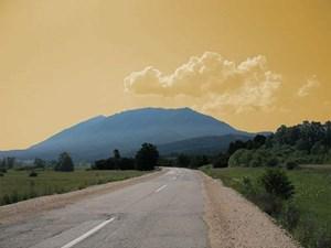 Der Berg Rtanj soll Schutz vor der Apokalypse bieten.
