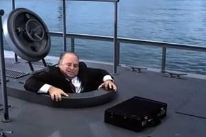 Geschäftsreisen per U-Boot sind eine etwas überzeichnete Alternative zu Flugreisen.