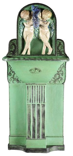 Drei Wienerberger- Brunnen nach Entwürfen von Otto Prutscher.