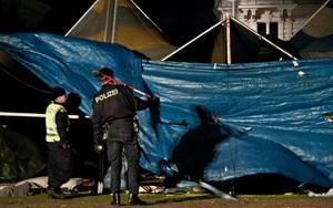 Die Polizei räumte den Sigmund-Freud-Park, der Flüchtlingsprotest hat an diesem Ort ein Ende gefunden.
