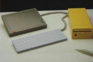 Die Idee für ein Tablet gab es bei Apple bereits 1982, umgesetzt wurde sie aber erst knapp drei Jahrzehnte später mit dem iPad.