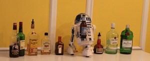 Überall im Büro zu finden: Alkohol und Gimmicks.