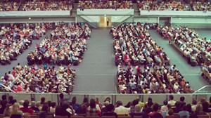 Laut Volkszählung gibt es momentan ca. 24.000 Mitglieder bei den Zeugen Jehovas, sie sind damit die fünftgrößte Glaubensgemeinschaft in Österreich.