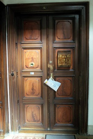 In Sachen Kündigung liegt der Mieter klar im Vorteil: Vor die Türe kann man nicht gesetzt werden.