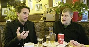 Harald Frey (li.) und Rüdiger Maresch im Gespräch über Verkehr in Wien.