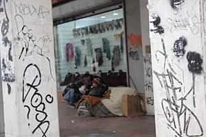 Leben auf der Straße: Tsaldári Panághi, in der Nähe von Omónia.