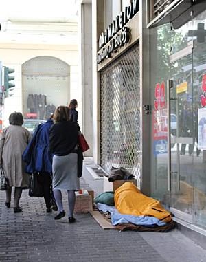 Obdachlos zwischen Gucci, Prada und Ralph Lauren.
