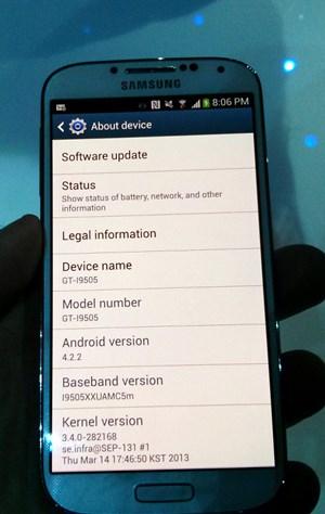 ...basiert im Kern aber auf dem aktuellen Android 4.2.2.