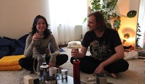 Dominika und Josef leben in einer Altbauwohnung im Grazer Univiertel.