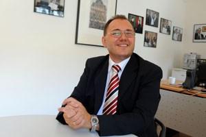 """""""Als mir der neue Präsident des Verwaltungsgerichtshofs am Telefon gesagt hat, dass ich auf der Liste stehe, habe ich nur gesagt, mein Herz bleibt stehen, mir fehlen die Worte"""", erzählt Gerhard Höllerer."""