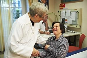 Zum Austausch von Betroffenen, Angehörigen und Gesundheitseinrichtungen veranstalten Lebenshilfe Wien und die Gesellschaft VUP Austria die TagungmedINKLUSION. Sie findet am 27. September in Wien-Hietzing statt.