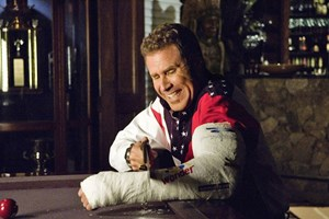 "... sowie als Rennfahrer Ricky Bobby in ""Talladega Nights. The Ballad of Ricky Bobby""."