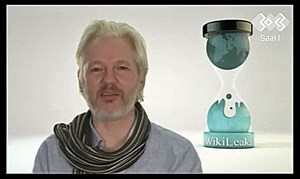 Assange war am 30C3 via Skype zugeschaltet.